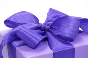 http://www.dreamstime.com/stock-image-violet-gift-box-image3053811